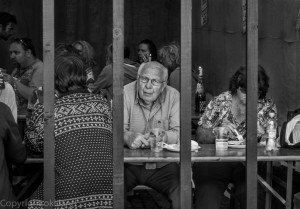 Mann bak stengene Gladmat 2012