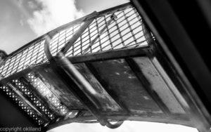 Svart hvitt bilde bro overgang Skottland Ørjan Liland